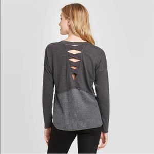 Long Sleeve Tiered Top w Criss Cross Back Detail